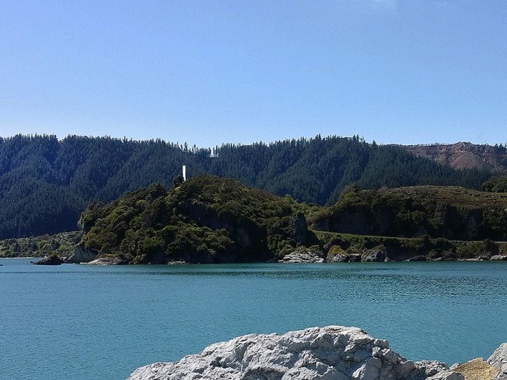 Abel Tasman Memorial & Ligar Bay